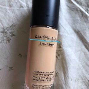 bareMinerals Makeup - Bare Minerals - Bare Pro Liquid Foundation